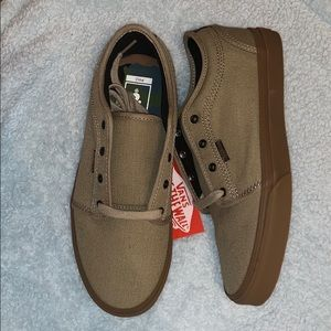 Chukka low Vans